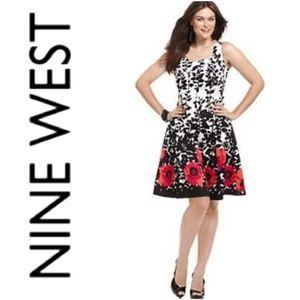 Nine West Trending Large Floral Print Dress Size 2